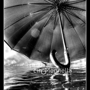 ombrello-galleggiante